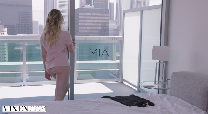 """Lily Love and Mia Malkova in """"Testing My Limits"""""""