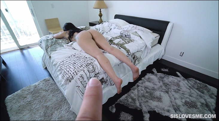"""Sis Loves Me - Mandy Muse in """"The Slit is Lit"""" (Image 3 of 17)"""